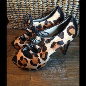 🖤Talbots Érica Leopard Print Stiletto Bootie